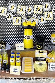 Batman Table Decorations 77 Best Batman Party Images On Pinterest Batman Cakes Batman