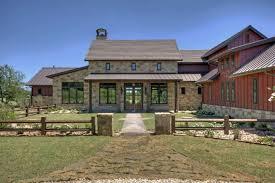 Modern Farmhouse Ranch Best 25 Texas Farmhouse Ideas On Pinterest Farm House Exteriors