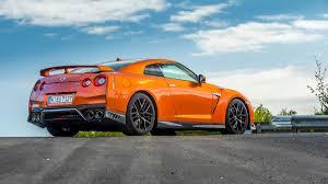 nissan gtr horsepower 2016 2017 nissan gt r supercar drive review photos specs and horsepower