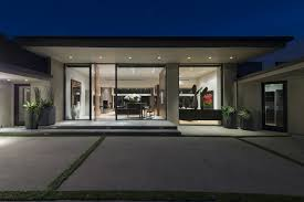 contemporary single story house modern house modern single story