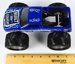 monster jam 1 24 scale trucks wheels monster truck jam ford blue thunder 1 24 scale built