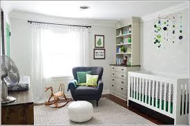 fauteuil chambre bébé allaitement fauteuil adulte pour chambre bb chambre bebe et gris