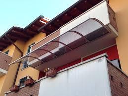 pensilina tettoia in policarbonato plexiglass tettoie in plexiglass avec pensiline in vetro plexiglas e