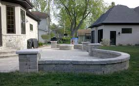 Retaining Wall Patio Design Of Patios And Retaining Walls