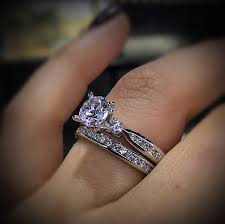 how to pay for an engagement ring engagement rings boca raton raymond jewelers