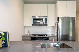 what is the best thing to clean kitchen cabinets with best tips and tricks to clean kitchen appliances valet
