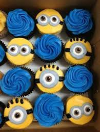 minion cupcake cake best 25 minions birthday cakes ideas on despicable me