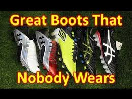 buy football boots dubai great soccer shoes football boots that nobody wears mid 2013