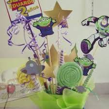 Buzz Lightyear Centerpieces by Buzz Lightyear Cake Buzz Lightyear And Cakes