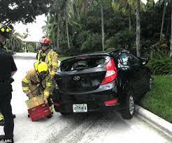 photos show dead man u0027s car after venus williams wreck daily mail