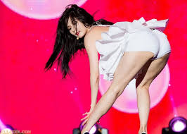 hyuna is as sexy as ever in recent photo shoot soompi 14 sexiest clothing hyuna was ever seen wearing