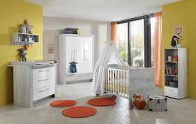 babyzimmer grau wei 4 tlg babyzimmer in pinie grau nachbildung fronten in hochglanz