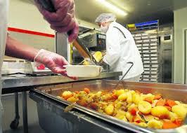 cuisine centrale elior agen dans les assiettes de la cantine rien que du 100 français