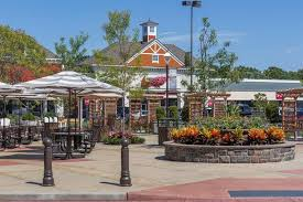 tanger outlets riverhead hours