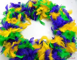 mardi gras feather boas easy thrifty mardi gras wreath the inspiration vault