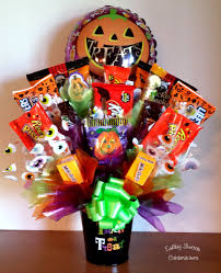 balloon and candy bouquets candy bouquet with balloon candy bouquets and more ideas