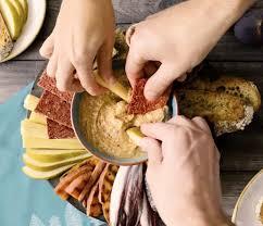 cours de cuisine londres un resto de fondues au beurre de cacahuètes va ouvrir à londres et