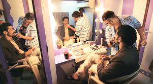 Book A Makeup Artist Big Picture Life Is Beautiful The Indian Express