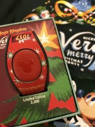 review treats mickey u0027s merry christmas party