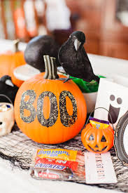 spooky halloween pics spooky halloween table decoration ideas easyday