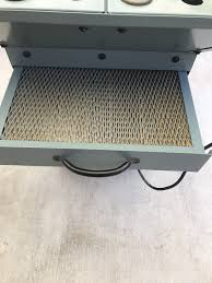 delta downdraft sanding table delta 50 885 down draft sanding table tools machinery in