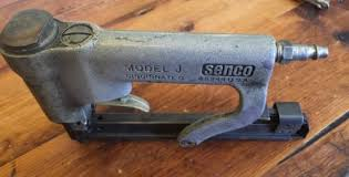 Staple Gun Upholstery Senco Model J 3 8 Upholstery Staple Gun Rr What U0027s It Worth