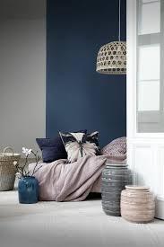 repeindre une chambre à coucher les 25 meilleures idées de la catégorie peindre des meubles de