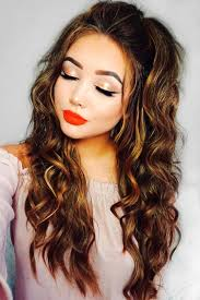 hairstyle square face wavy hair best 25 square face hairstyles ideas on pinterest haircut for