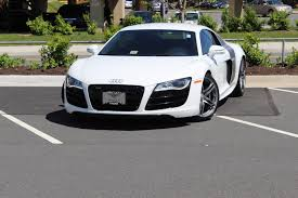 bentley white and black audi 2016 matte black audi r8 audi r8 v10 used audi r8 audi r8
