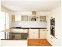 küche einbauen küche in dachschräge einbauen ideen für zuhause