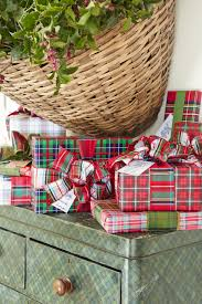 christmas plaid wrapping paper 30 unique gift wrapping ideas for christmas how to wrap