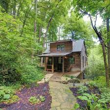 Best Small Cabins Best 25 Mountain Cabins Ideas On Pinterest Small Cabins Log