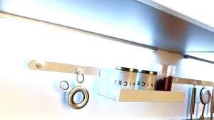 eclairage cuisine sous meuble le cuisine sous meuble eclairage dessus evier luminaire sous