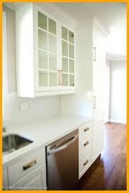 kitchen cabinet crown molding ideas crown molding kitchen cabinets kitchen remodel decoration ideas
