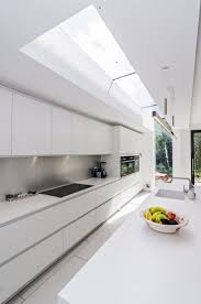 Modern White Kitchen Backsplash Best 25 Modern White Kitchens Ideas Only On Pinterest White