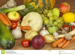 fresh organic fruits and vegetables from local farms diet raw