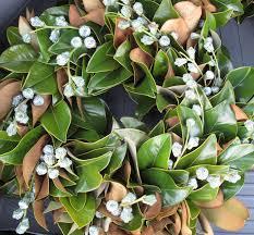 Magnolia Leaf Wreath Holiday Decorating With Magnolia Leaves U2014 Ashley Manfred Design