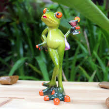 Frog Desk Accessories Novelty Frog Doll Figurines Miss Frog With Cocktail Sculpture