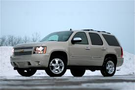 review 2009 chevy tahoe ltz 6 2l 4x4 photo gallery autoblog