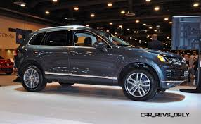 volkswagen jeep touareg first drive review 2015 volkswagen touareg tdi feels light