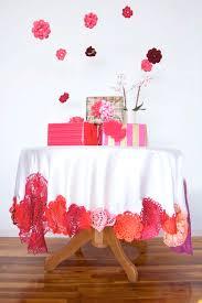 Cheap Table Linen by Best 25 Tablecloth Diy Ideas On Pinterest Tea Party