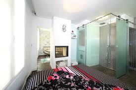 chambre salle de bain ouverte chambre salle de bain ouverte une chambre ouverte sur la salle de