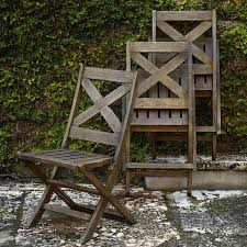 folding chairs for spontaneous summer dinner parties gardenista