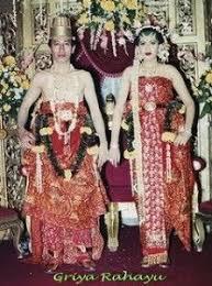 wedding dress jogja javanese wedding clothes yogyakarta royal wedding 2013