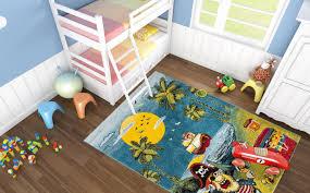 tapis chambre pas cher tapis pirate bleu pour chambre de garçon captain pas cher