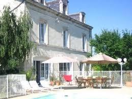chambre d hote chatellerault maisons à louer à châtellerault location maison piscine