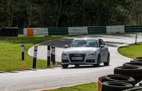 voiture de sport 2016 images gratuites piste roue au volant véhicule parc voiture