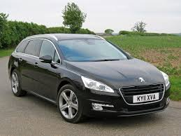peugeot executive car peugeot 508 sw 2011 photos parkers