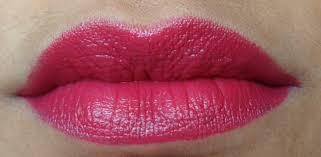 tutorial lipstik revlon revlon super lustrous lipstick cherries in the snow review and swatches