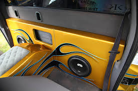 Dodge Ram Yellow - this 2000 dodge ram is ahead of the curve